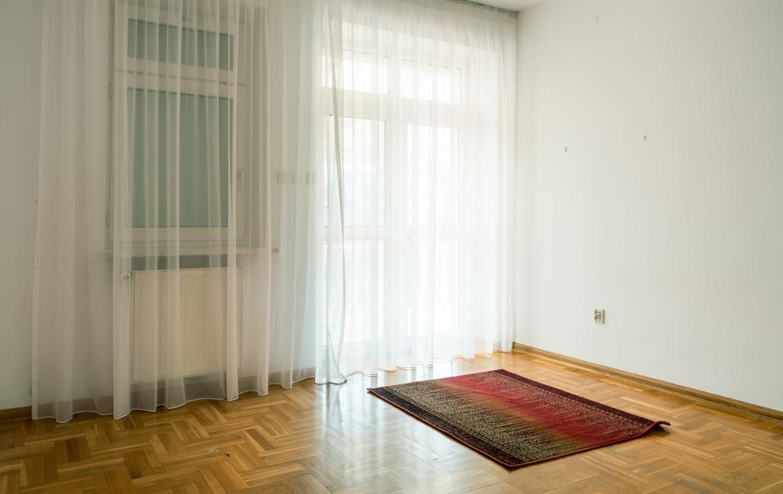 Klasyczny, elegancki i funkcjonalny dom wolnostojący na Starym Wilanowie