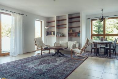 Cichy i słoneczny apartament przy al. Wyścigowej do sprzedaży