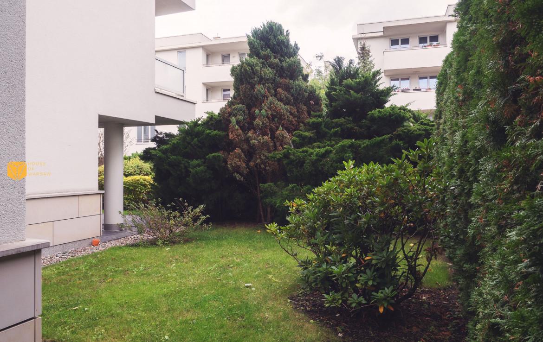 Apartament z ogródkiem przy Al. Wilanowskiej do wynajmu
