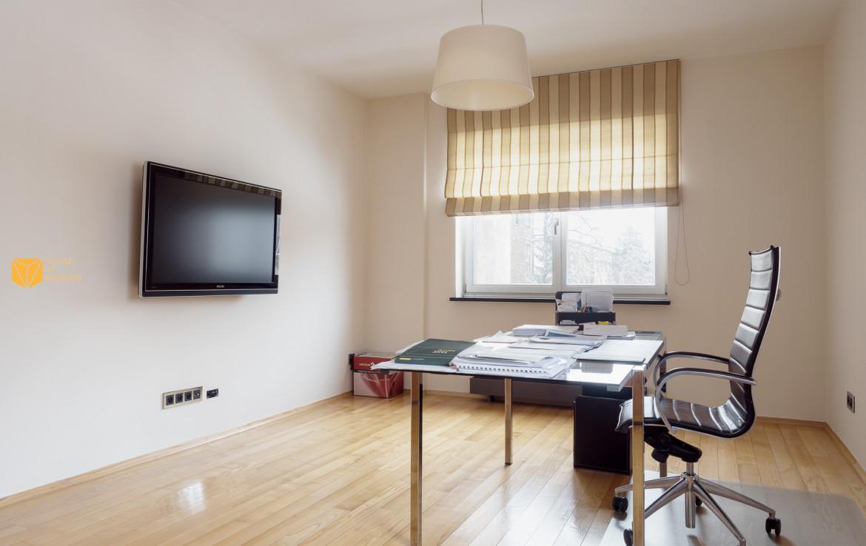 Apartament na sprzedaż o powierzchni 155 m2 położony przy ul. Rakowieckiej na Mokotowie