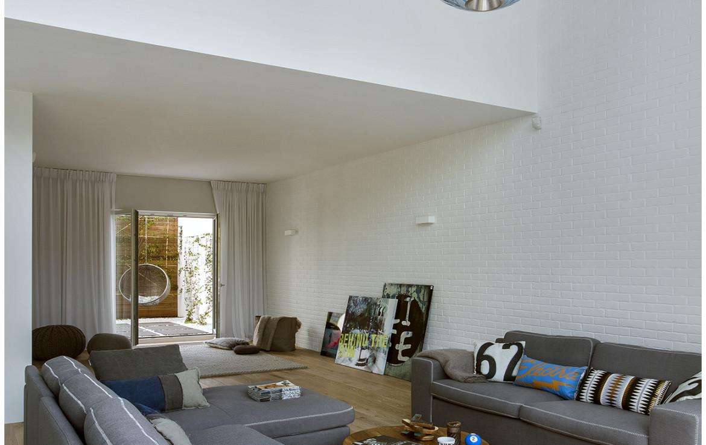 Dom wolnostojący do sprzedaży w Wilanowie przy ul. Rumianej o powierzchni 430 m2